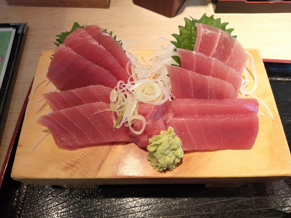 お富さん太田店 マグロ刺身定食